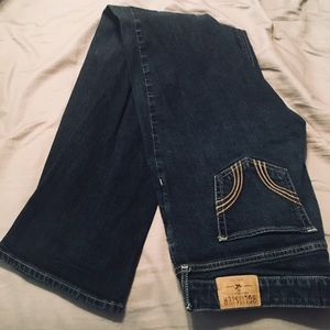 Hollister size 11 (30x33) like new